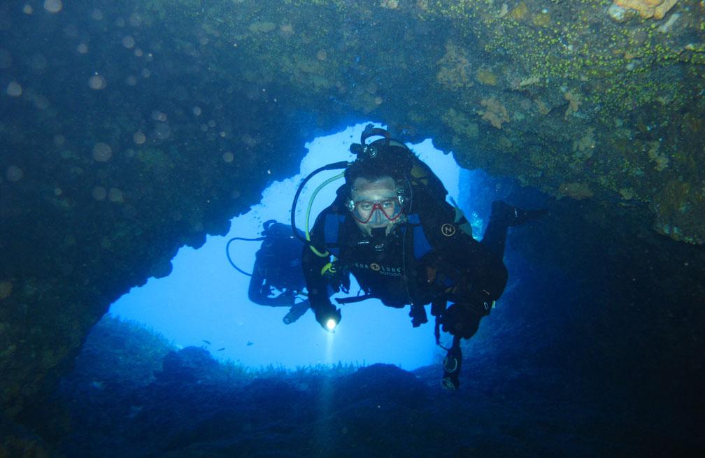 sailing & diving holiday