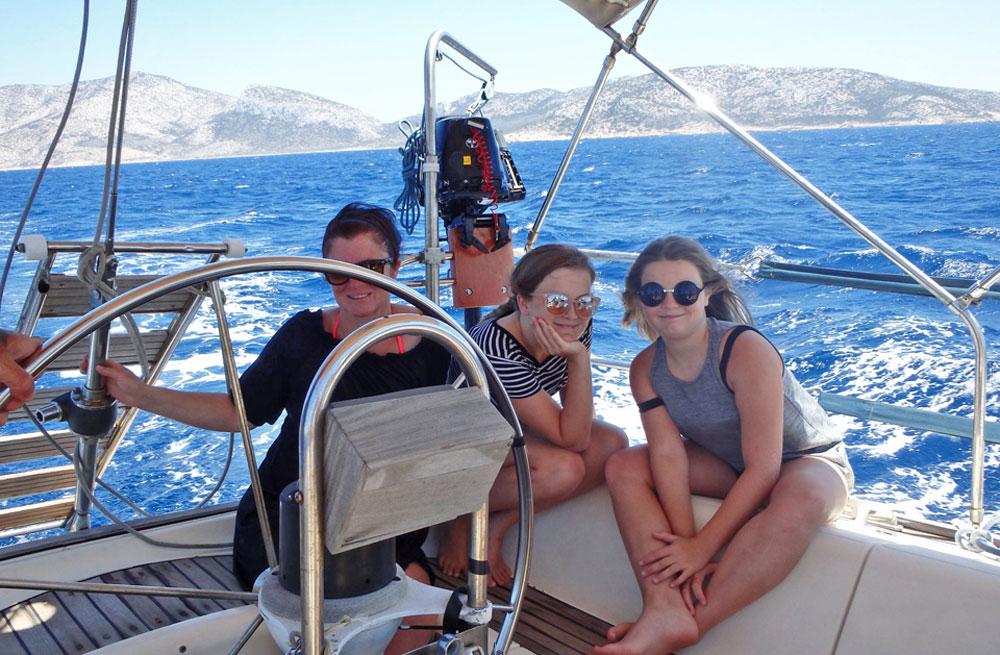 Cyclades wildlife sailing 3